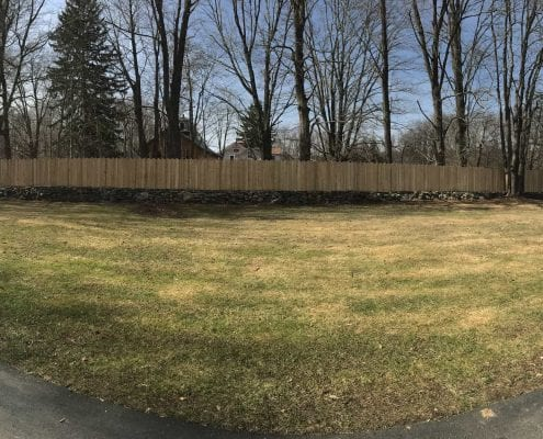 A beautiful retaining wall installed in the Brookfield CT area.