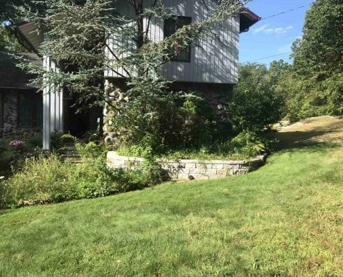 Brookfield CT Retaining wall installation and landscaping